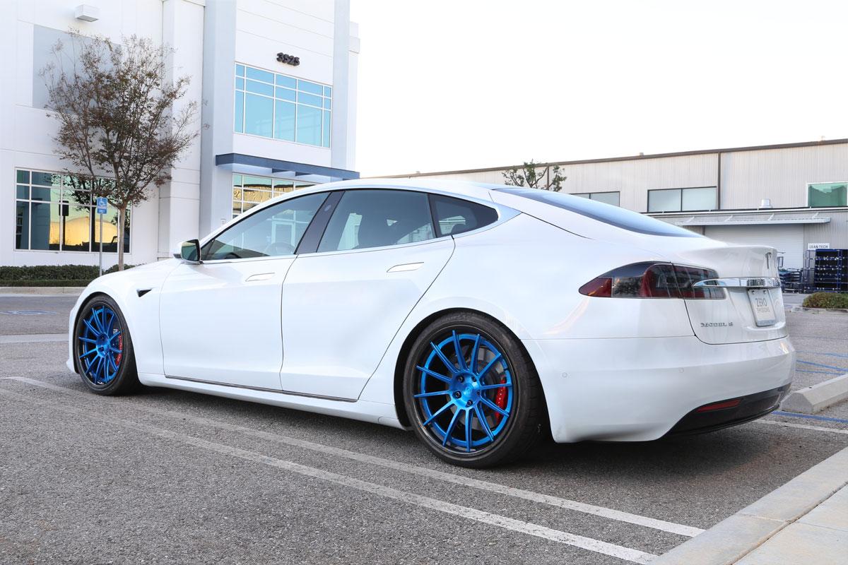 Unplugged-Performance-UP-03-Carbon-Wheels-Tesla-Model-S_03.jpg