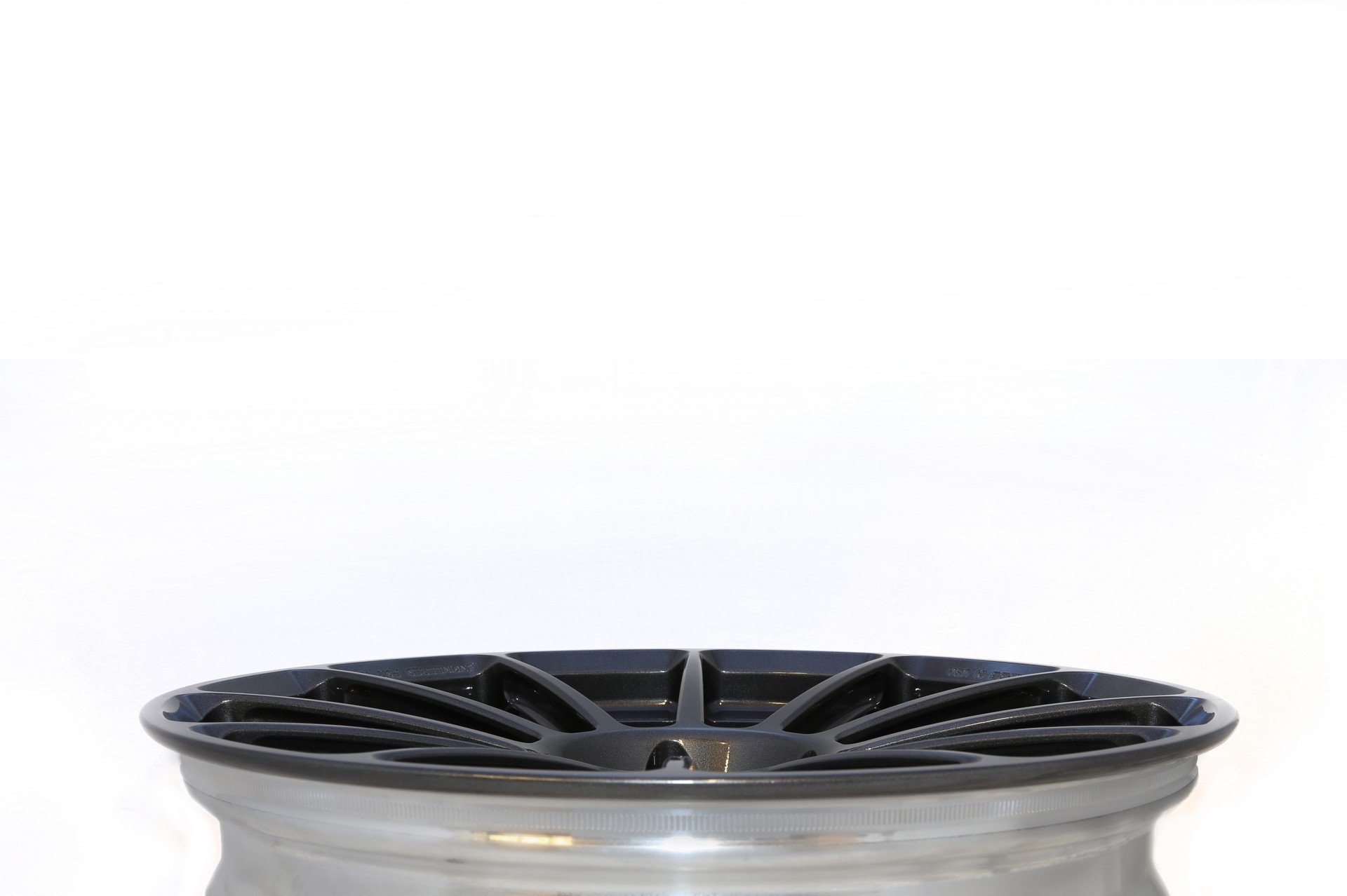 Unplugged Performance UP-03 Super Light Weight Wheel Tesla Model S - 6web.jpg