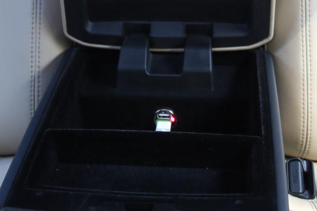 USB-0101.jpg