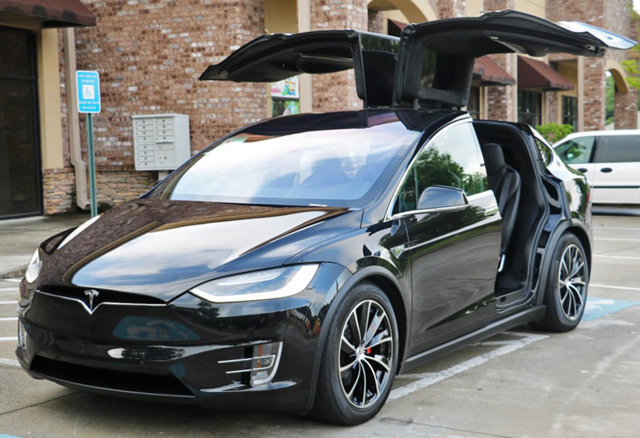 used-2016-tesla-model_x-awdp90dwperformanceupgradesautopilotconveniencepkgs-8055-16458804-42-640.jpg