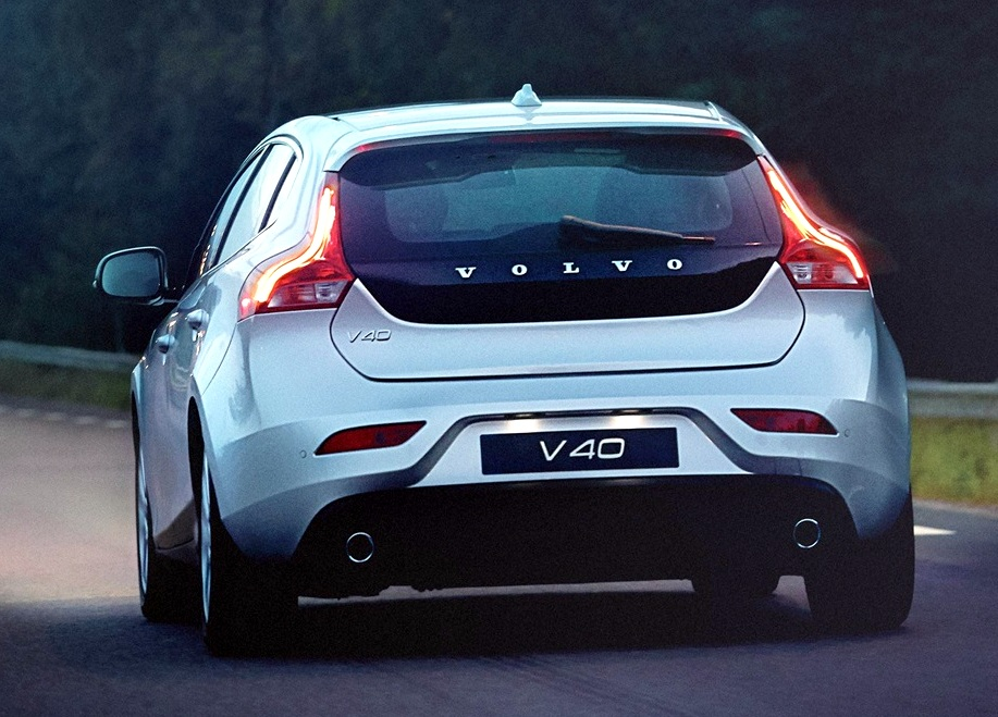 Vovlo V40 back 2.jpg