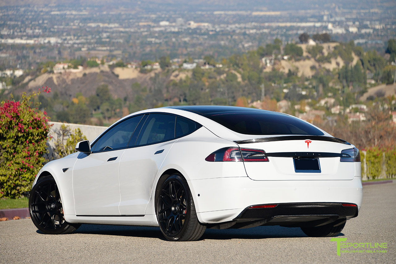 white-tesla-model-s-ts117-21-inch-forged-wheel-carbon-fiber-spoiler-turbine.jpg