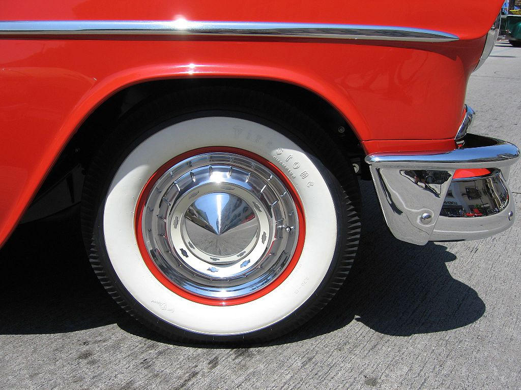 whitewall-tire-photo-by-kevin-stanchfield_100432532_l.jpg