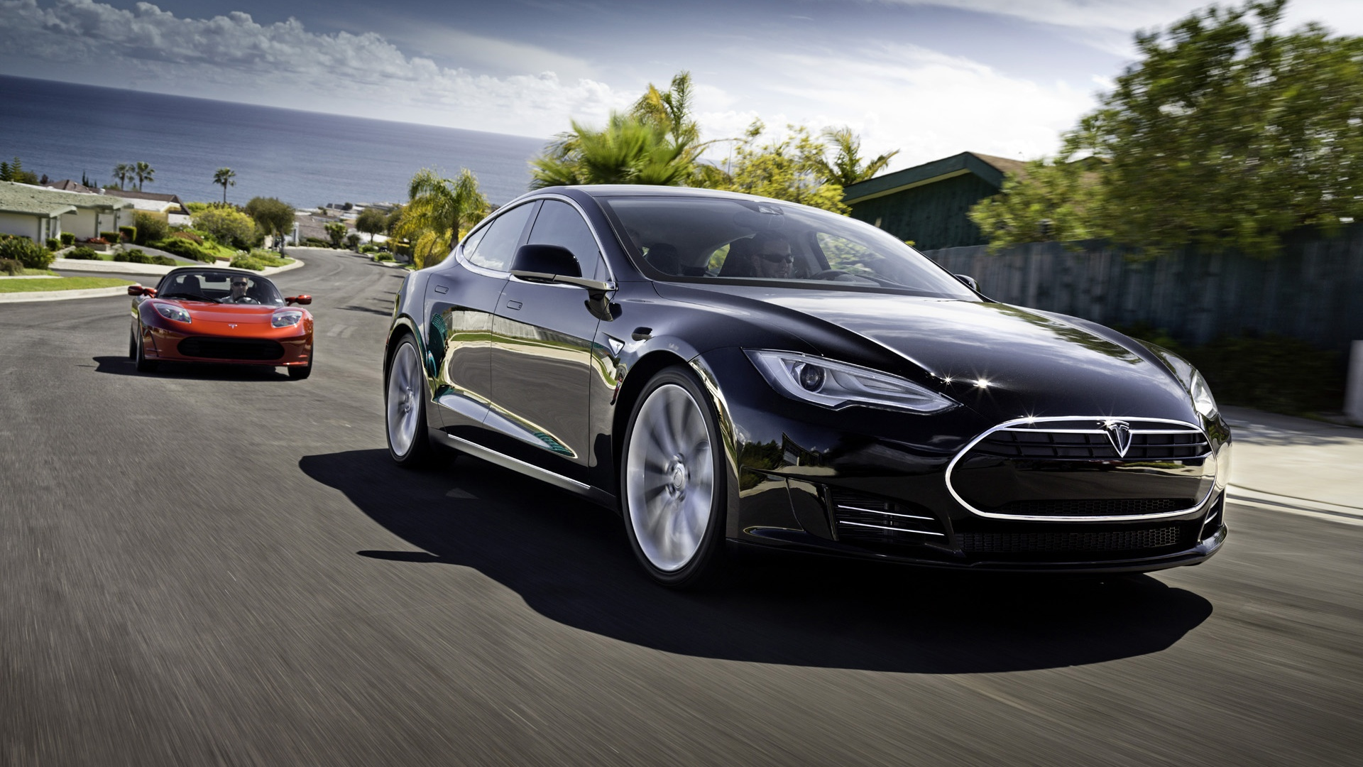 ws_2012_Tesla_Model_S_Black_Motion_1920x1080.jpg