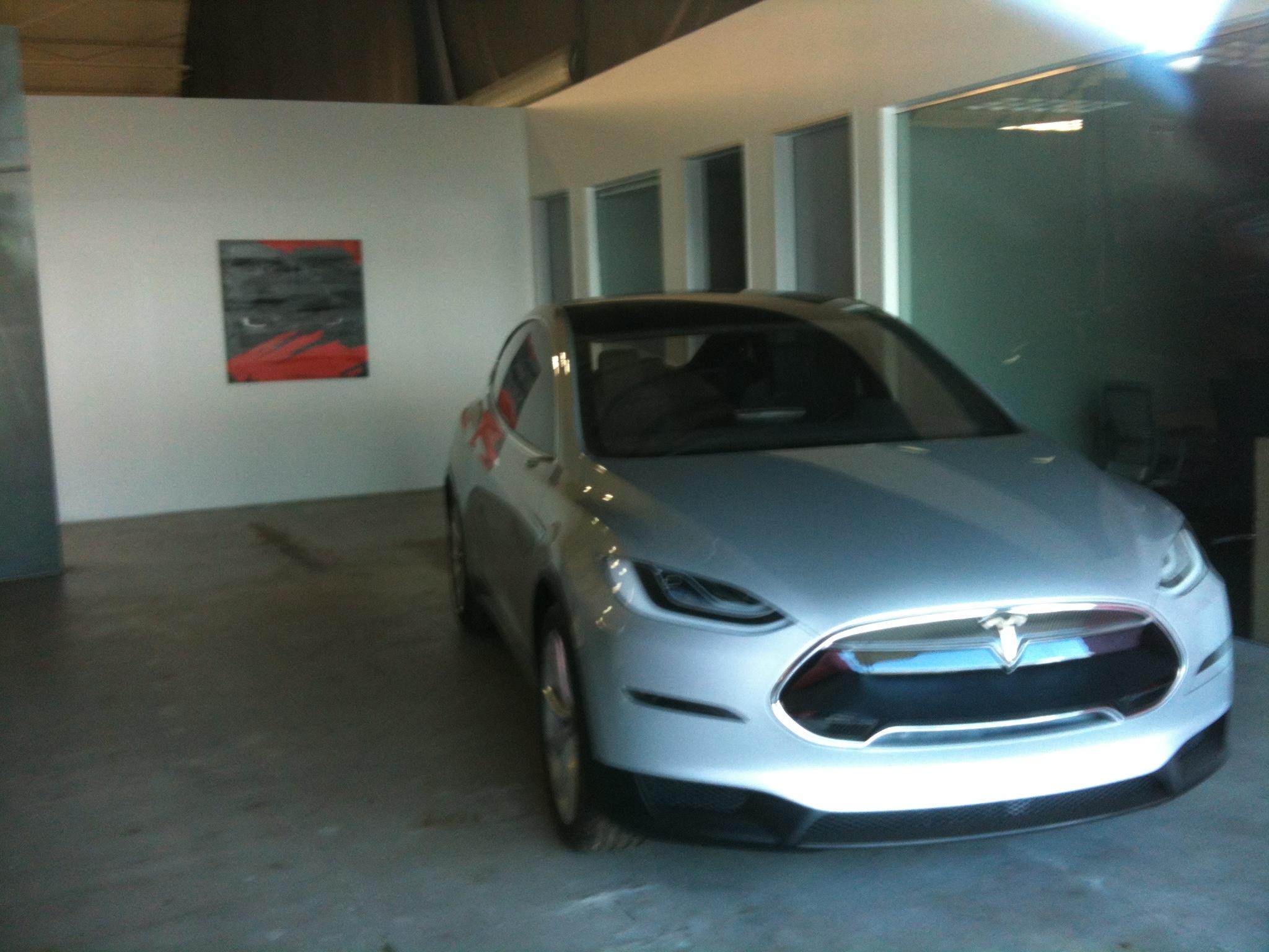 X in Tesla lobby a LA S drive.JPG