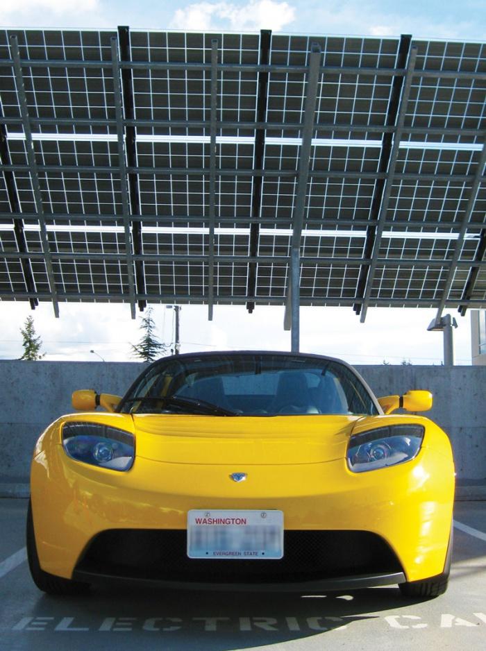 Yellow_Tesla.jpg